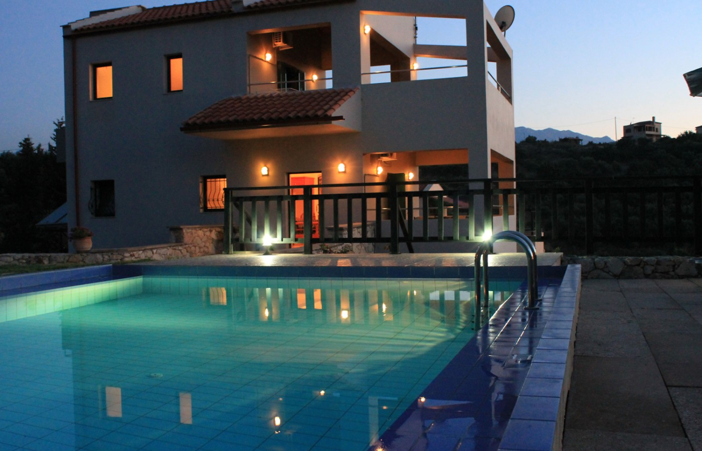 villas almirida night view - Villas-Almyrida - The best Almyrida beach view